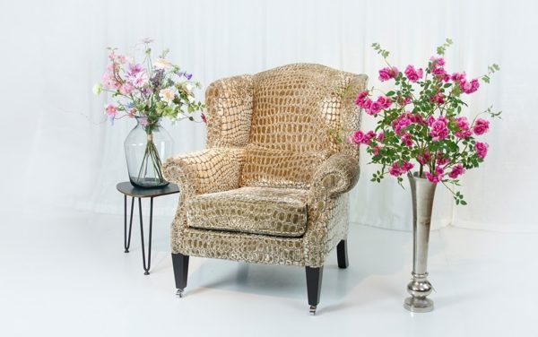 grote oorfauteuil wingchair luxe stof