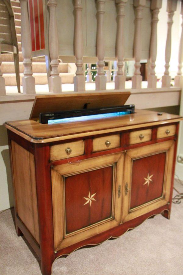 TV kast Lautrec