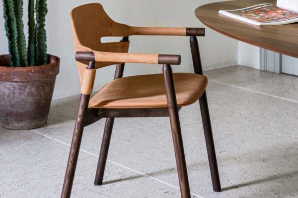 midj vinco stoel leer houten poten