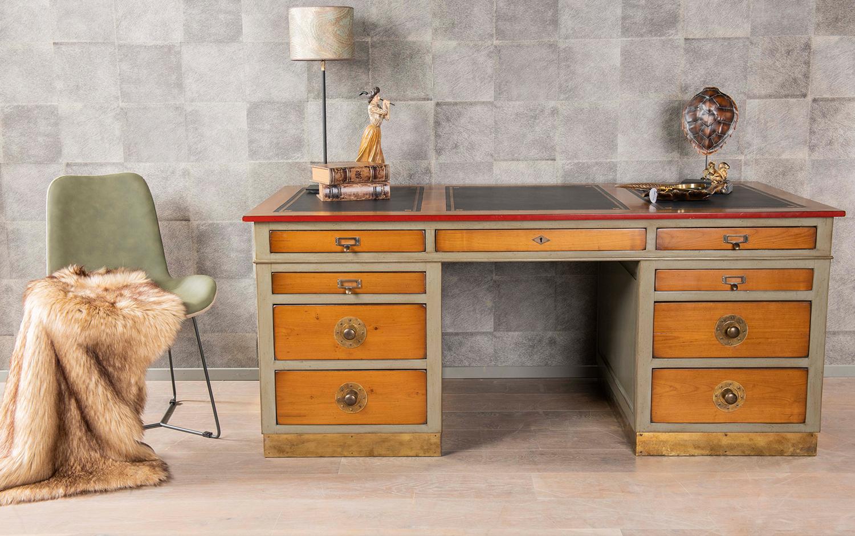 bureau schrijftafel klassiek Felix Monge kersenhout eikenhout traditioneel Buro gekleurd houten bureau
