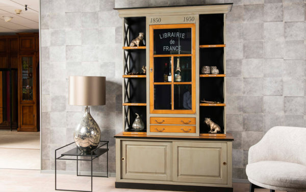 klassieke kast boekenkast vitrinekast Felix Monge librairie kersenhout maatwerk franse meubels