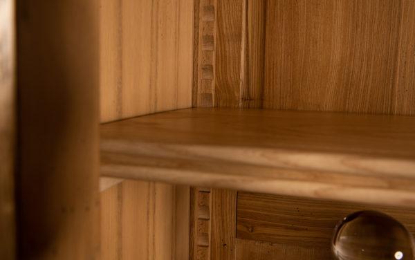 vitrinekast kast met glasdeuren
