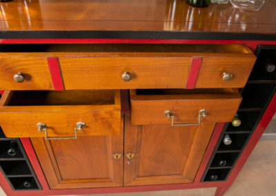 Wijnkastje Bayonne detail 2